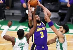 LeBron và Davis cùng mắc sai lầm, Lakers vẫn thoát hiểm ngoạn mục trước Celtics