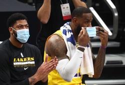 Sao NBA đồng loạt ngoảnh mặt làm ngơ với Vaccine COVID-19