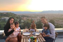 Hai điều mà bạn gái Georgina cấm Cristiano Ronaldo làm ở nhà