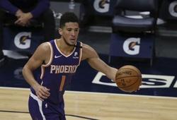 Devin Booker bị đuổi, LA Lakers vẫn để thua Phoenix Suns