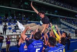 Kỳ lạ hành trình đăng quang Thai.League của đồng đội cũ Kiatisuk