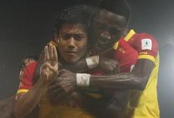 """Cầu thủ Myanmar ăn mừng bằng cách """"giơ ba ngón tay"""", phản đối quân đội đảo chính"""