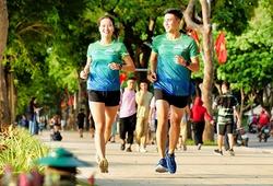 Bao nhiêu VĐV nữ trong số 200 người chạy phong trào được chọn tham dự marathon SEA Games 31?