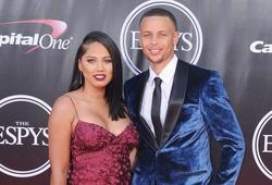 Tròn 33 tuổi, Steph Curry và vợ lấn sân truyền hình, có gameshow riêng