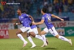 Sống trong sợ hãi, Hà Nội vẫn thoát khỏi vị trí áp chót V.League 2021
