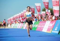 """Kỷ lục gia SEA Games Nguyễn Thị Oanh """"săn cúp"""" Tiền Phong Marathon 2021"""