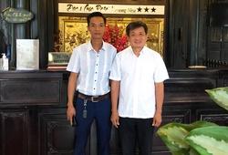 """Marathoner Đoàn Ngọc Hải tái ngộ """"nạn nhân bị cẩu xe dẹp vỉa hè"""""""