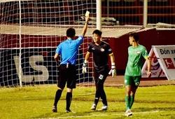 Khiêu khích trọng tài, thủ môn đội Cần Thơ nhận án phạt nội bộ