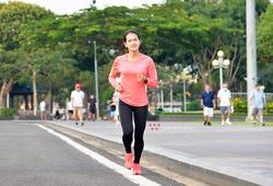 """Hồng Lệ """"đơn thương độc mã"""" ở Gia Lai, chờ cơ hội lấy HCV marathon quốc gia"""