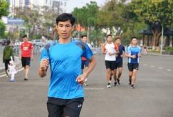 """""""Hạt giống SEA Games"""" Nguyễn Văn Lai và chiến dịch giữ ngôi ở Tiền Phong Marathon 2021"""