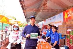 VĐV nhận racekit Tiền Phong Marathon 2021 nhanh gọn