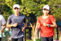 """Áp lực giữ vị trí """"chóp đỉnh"""" Tiền Phong Marathon 2021 của cặp tuyển thủ Bình Phước"""