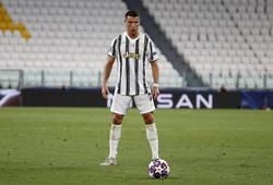 Đồng đội tuyên bố Ronaldo không sút phạt thành bàn vì... đen đủi