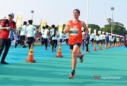 """Chàng trai """"3 bạc SEA Games"""" Phạm Tiến Sản lần đầu chinh phục 42km ở Gia Lai"""