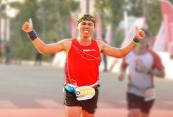 """Techcombank HCMC International Marathon tung """"giờ giới nghiêm"""" cho VĐV"""