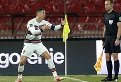 6 lần Cristiano Ronaldo nổi cơn giận dữ trên sân cỏ