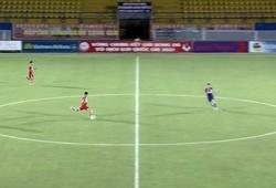 Cầu thủ U19 PVF ghi bàn từ giữa sân, tái hiện siêu phẩm Beckham
