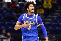 Xô đổ cột mốc của Kevin Love, Johnny Juzang đưa UCLA vào Bán kết NCAA Tournament