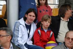Ngôi sao tuyển Tây Ban Nha không muốn chụp ảnh với Messi