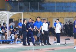 """Hà Nội FC rơi vào khủng hoảng, bầu Hiển chỉ đạo """"ngầm"""""""