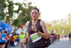 Theo chân Quách Thị Lan và hành trình 12 tiếng tham dự Techcombank HCMC Marathon 2021