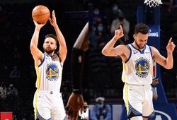 Tiếp tục chống lại mọi thử thách, Stephen Curry ghi 49 điểm giúp Warriors đánh bại 76ers