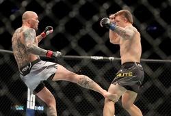 Anthony Smith hạ gục Jimmy Crute bằng đòn đá lật cổ chân