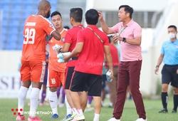 """Cầu thủ Đà Nẵng """"bật"""" HLV Lê Huỳnh Đức?"""