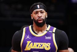Sau LeBron James, đến lượt Anthony Davis chấn thương khiến CĐV Lakers cực kỳ lo lắng