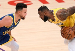 """LeBron James nhận xét về Stephen Curry: """"Anh ấy là MVP"""""""