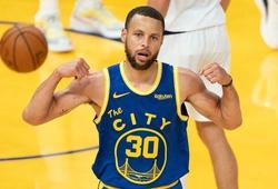 Gạt bỏ nỗi buồn thất bại, Stephen Curry tự tin trước cơ hội cuối cùng chốt vé Playoffs