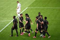 Bayern tái lập kỷ lục ghi bàn ở mọi trận trong một mùa Bundesliga