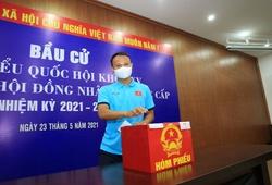 ĐT Việt Nam và U22 Việt Nam háo hức đi bầu cử