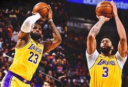 """LeBron James và Davis thay nhau clutch, Lakers """"cướp"""" Game 2 tại Phoenix bằng trận đấu nghẹt thở"""