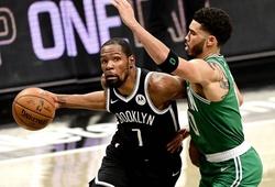 Tatum rời sân vì Durant, Celtics thảm bại sau cơn mưa 3 điểm của Brooklyn Nets