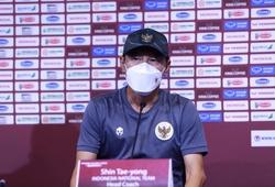Khí thế hừng hực, HLV Shin Tae Yong dè chừng tuyển Việt Nam