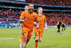 Memphis Depay hoàn thành bộ sưu tập bàn thắng quốc tế