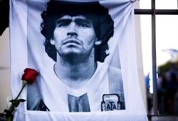 """Các bác sĩ đã """"giết"""" Maradona!"""