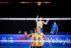 """VĐV """"đáng tuổi mẹ"""" của nhiều đối thủ toả sáng ở Volleyball Nations League 2021"""