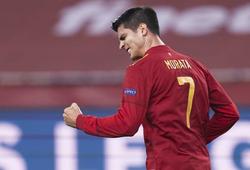 Morata phá dớp để lập cột mốc đáng nhớ cho Tây Ban Nha