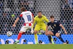 Loạt ảnh chế sau trận Croatia - Scotland: Cả thế giới hướng về Luka Modric