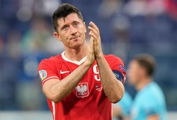 """""""Đen"""" như Lewandowski: Chia tay EURO đúng lúc ở đỉnh cao phong độ!"""