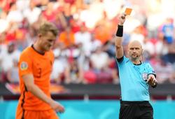 Hà Lan nhận 2 cú sốc liên tiếp chỉ trong vòng 1 phút