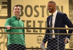 """HLV Boston Celtics vừa nhậm chức đã """"đá đểu"""" sếp mới Brad Stevens"""