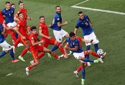 Italia có 4.830 cách đá phạt vào lưới đối thủ!