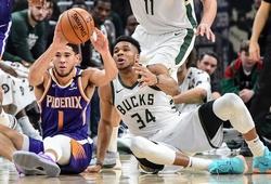NBA Finals 2021: Cơn khát vô địch, di sản của Chris Paul và Giannis Antetokounmpo