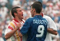 """Luis Enrique và ký ức cay đắng về """"lỗ mũi ăn trầu"""" trước màn so tài duyên nợ với ĐT Ý"""