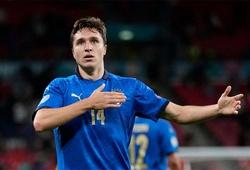 Chiesa nghẹn ngào, HLV Mancini thận trọng sau khi Italia vào chung kết