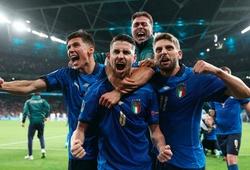 Italia của Roberto Mancini: Nhiệm vụ 50 năm vẫn còn đó