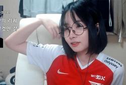 LMHT: Nữ streamer Jisoo Girl nhận án phạt vì cổ vũ đối thủ